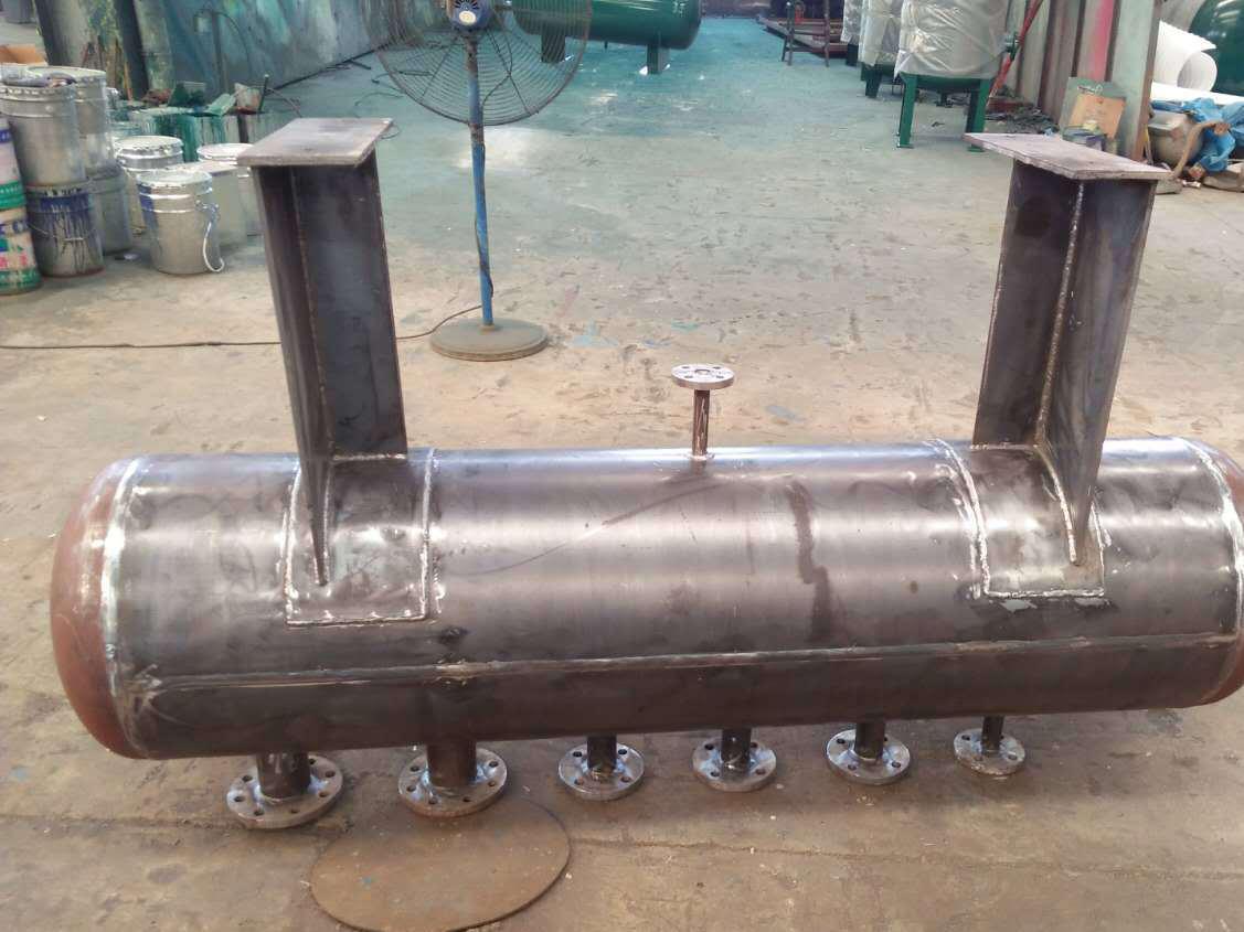 济南鲁泓供水设备有限公司分气缸